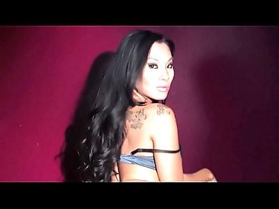 Nikki Sexx Big Boob Fun