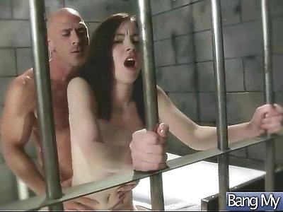Hot Sex Scene Between horny Doctor And Patient clip