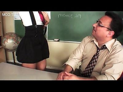 Sexy pussy smoking blowjob